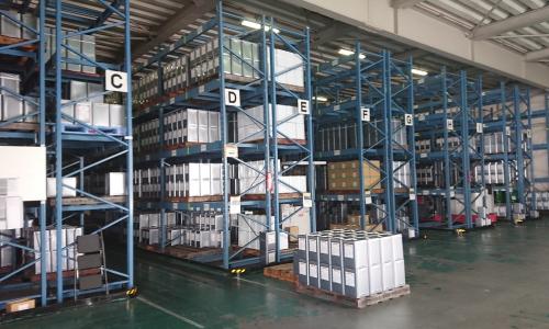塗料製品を中心に危険物と非危険物の保管と配送業務を熟知